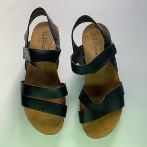 Naot Kelly strappy sandals shoes size 39 women